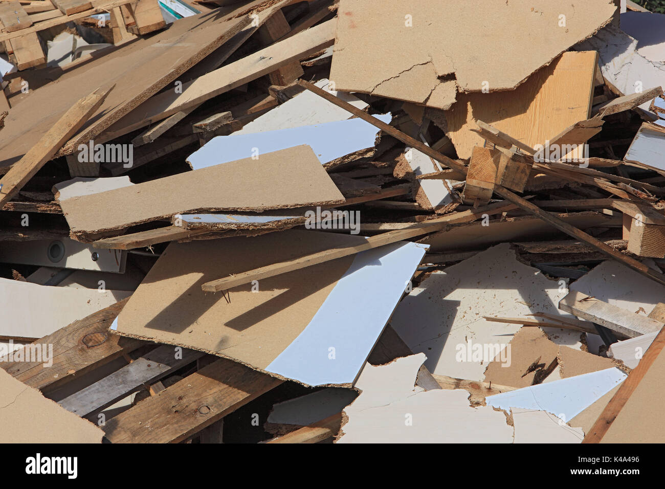 Rubbish, ignitable waste wood and chip records, in a disposal company, Abfall, brennbare Holzabfaelle und Spanplatten, Stock Photo