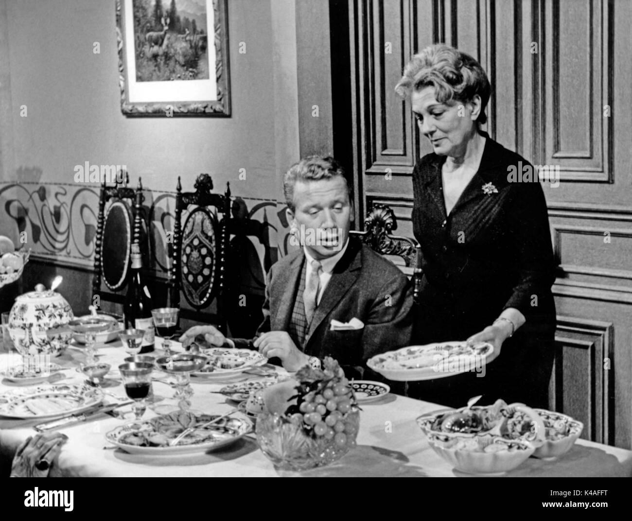 Herrn Walsers Raben, Fernsehfilm, Deutschland 1964, Regie: Dieter Lemmel, Darsteller: Heinz Reincke, Lucie Mannheim - Stock Image