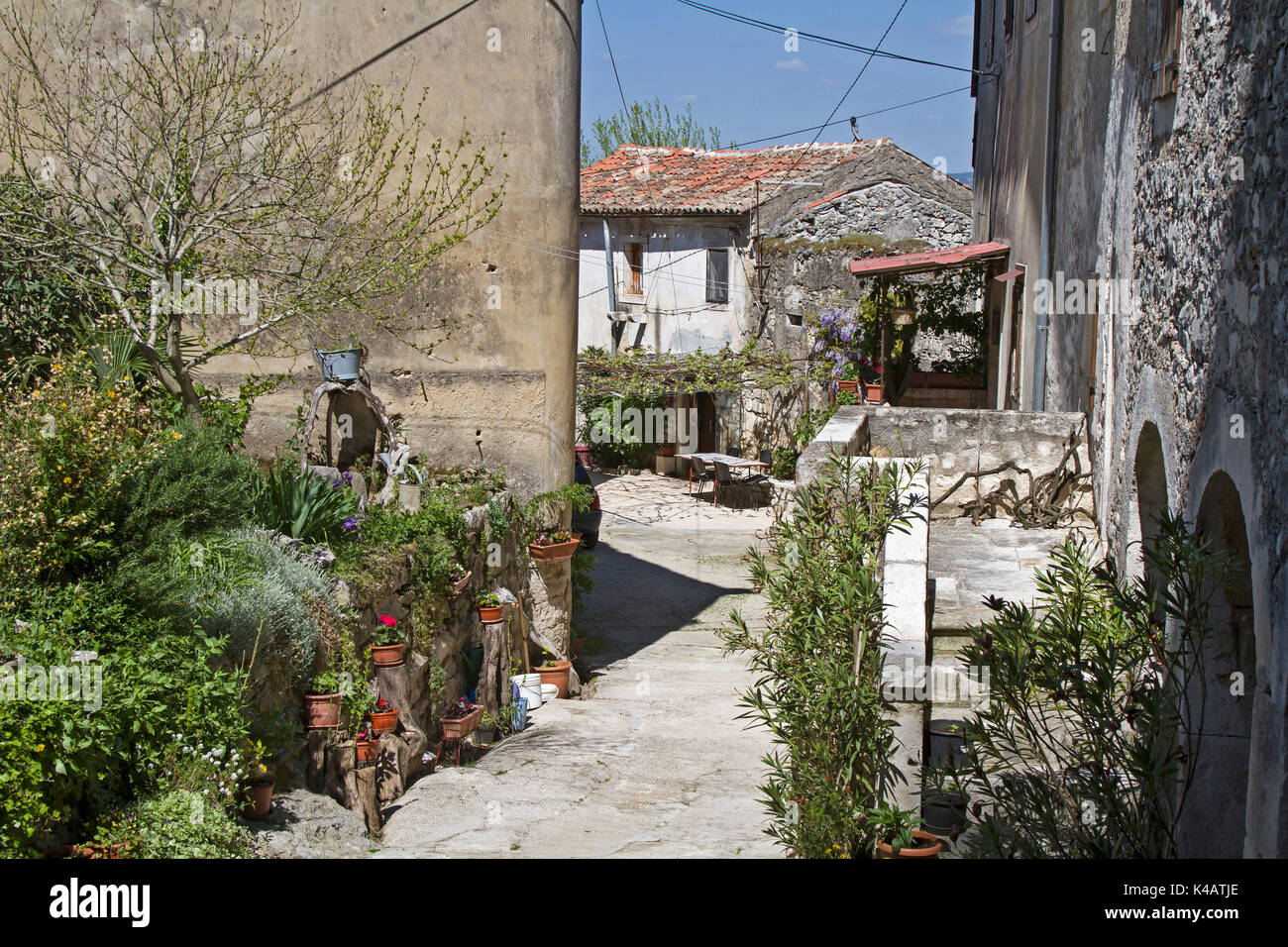 Alley In Krsan, A Small Idyllic Village Situated Inland Of The Istrian Peninsula - Stock Image