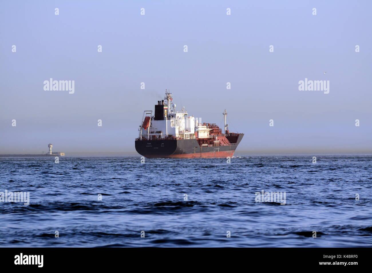 Lpg Tanker Yas Monrovia On The Bosporus, Istanbul - Stock Image