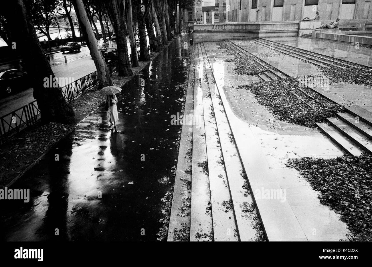 PARIS STREET PHOTOGRAPHY - AVENUE DE NEW-YORK PARIS - MUSEE D'ART MODERNE PARIS - BLACK AND WHITE PHOTOGRAPHY - SILVER FILM © Frédéric BEAUMONT Stock Photo