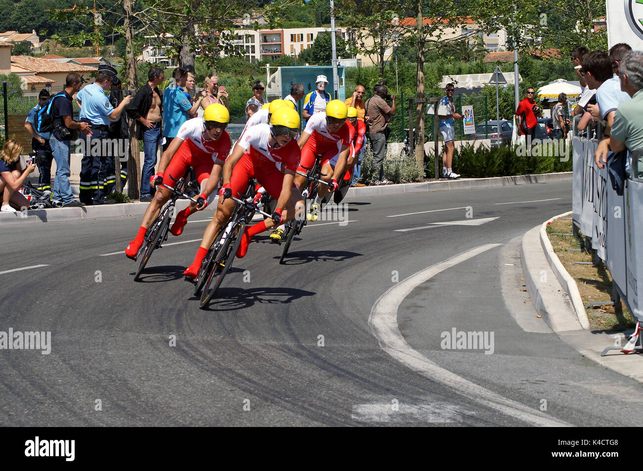 92108d300458 NICE - JULY 2ND   The TOUR 2013 (Tour de France) . COFIDIS Solutions Credits  Team during Nice Nice Stage 4 (25 km).