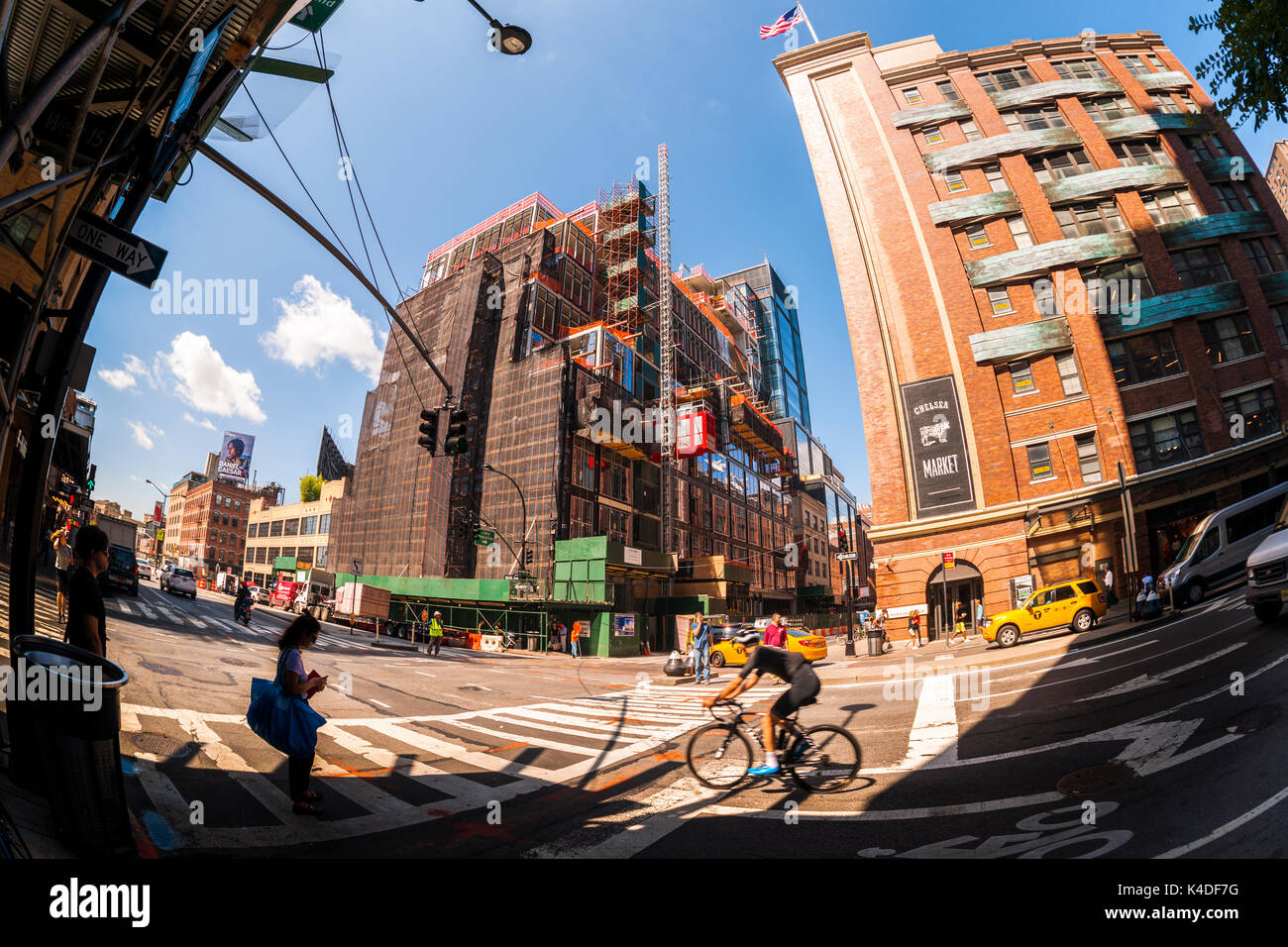 Construction on 61 Ninth Avenue in the Chelsea neighborhood of New York is seen on Friday, August 25, 2017. The office and retail building, designed by noted architect Rafael Vinoly will contain a 20,000 square foot Starbucks Reserve store expected to open sometime in 2018.  (© Richard B. Levine) - Stock Image
