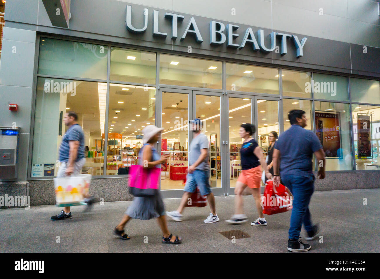 A branch of the make up and beauty chain, Ulta Beauty, located in a mall in Queens in New York on Saturday, August 26, 2017. Ulta Beauty recently reported second-quarter earnings that beat Wall Street expectations worries about slowing sales caused their stock to drop. (© Richard B. Levine) - Stock Image