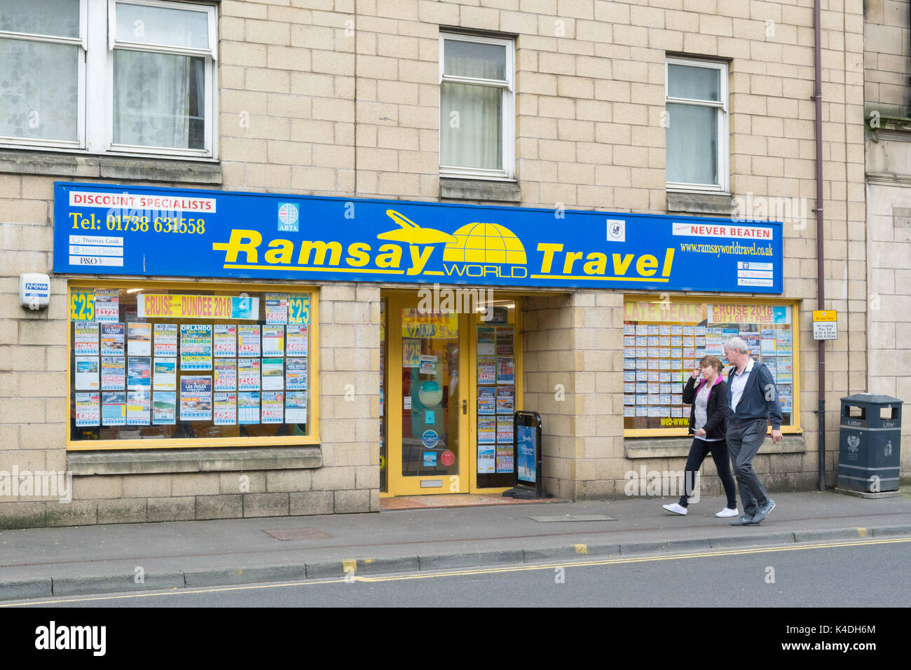 Independent high street travel agent agency, Perth, Scotland, UK - Stock Image