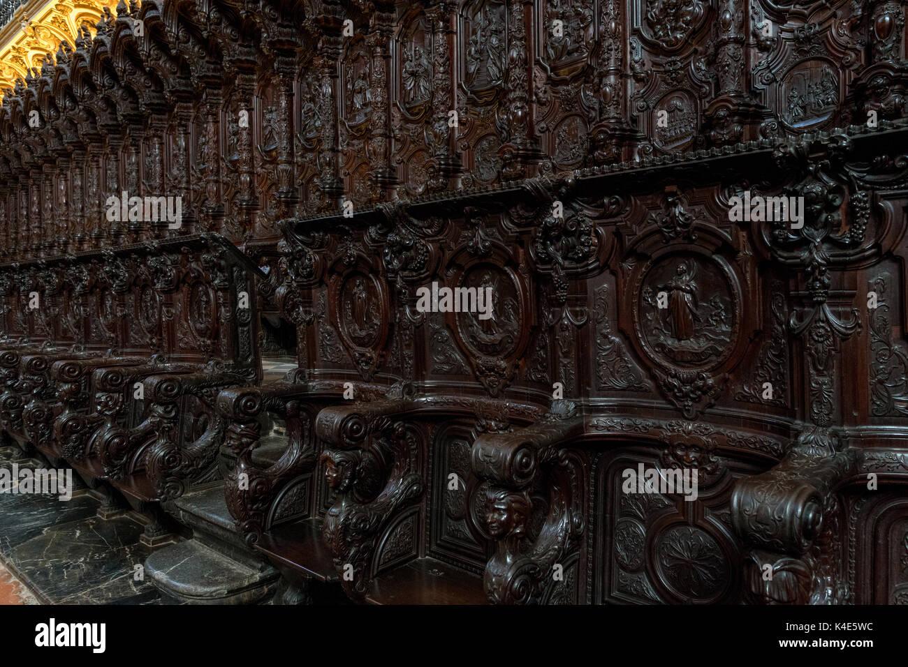 Mosque Detail: Interior Detail Of Cordoba Mosque Stock Photos & Interior