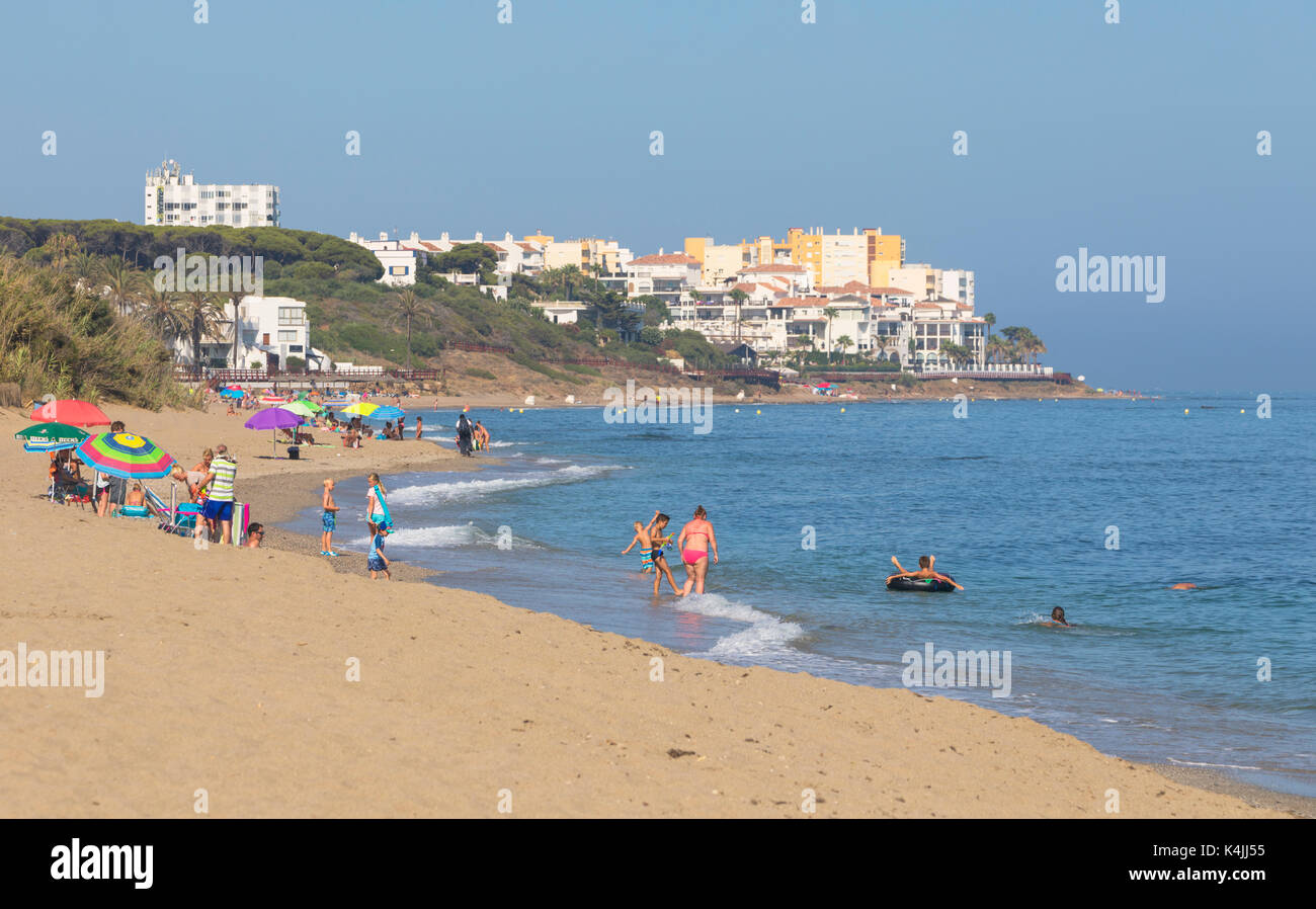 Calahonda, Mijas Costa, Costa del Sol, Malaga Province, Andalusia, southern Spain.  La Luna Beach, part of the greater Calahonda Beach. - Stock Image
