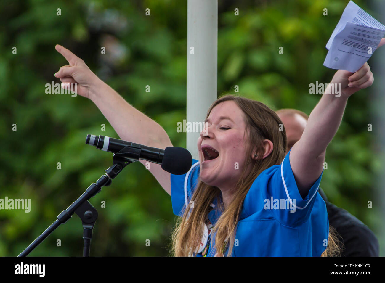 London, UK. 6th Sep, 2017. Nurse Danielle Tiplady addresses the rally. In a protest organised by the Royal College - Stock Image