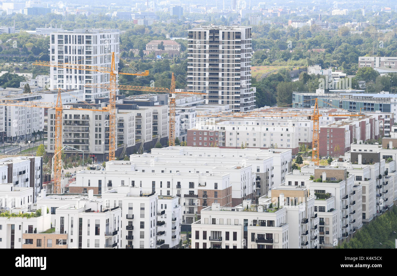 Newly erected apartment buildings were pictured in the Europequarter near the fairground in Frankfurt/Main, Germany, - Stock Image