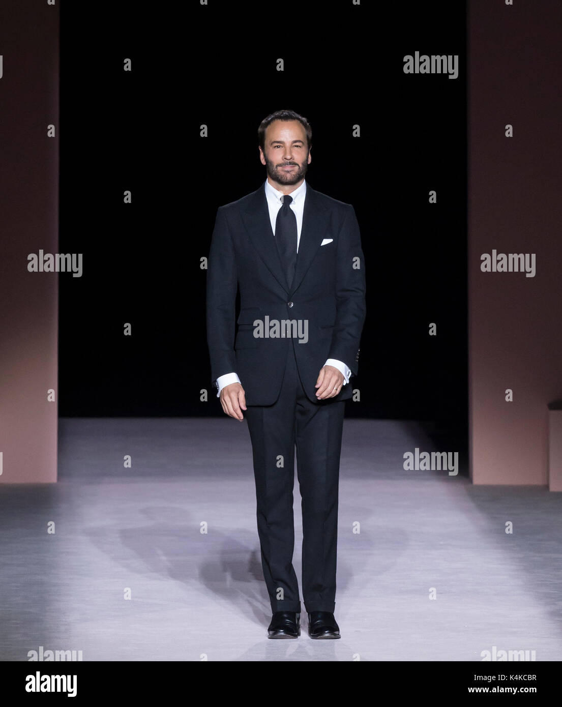 New York Ny September 06 2017 Designer Tom Ford Walks The Runway Stock Photo Alamy