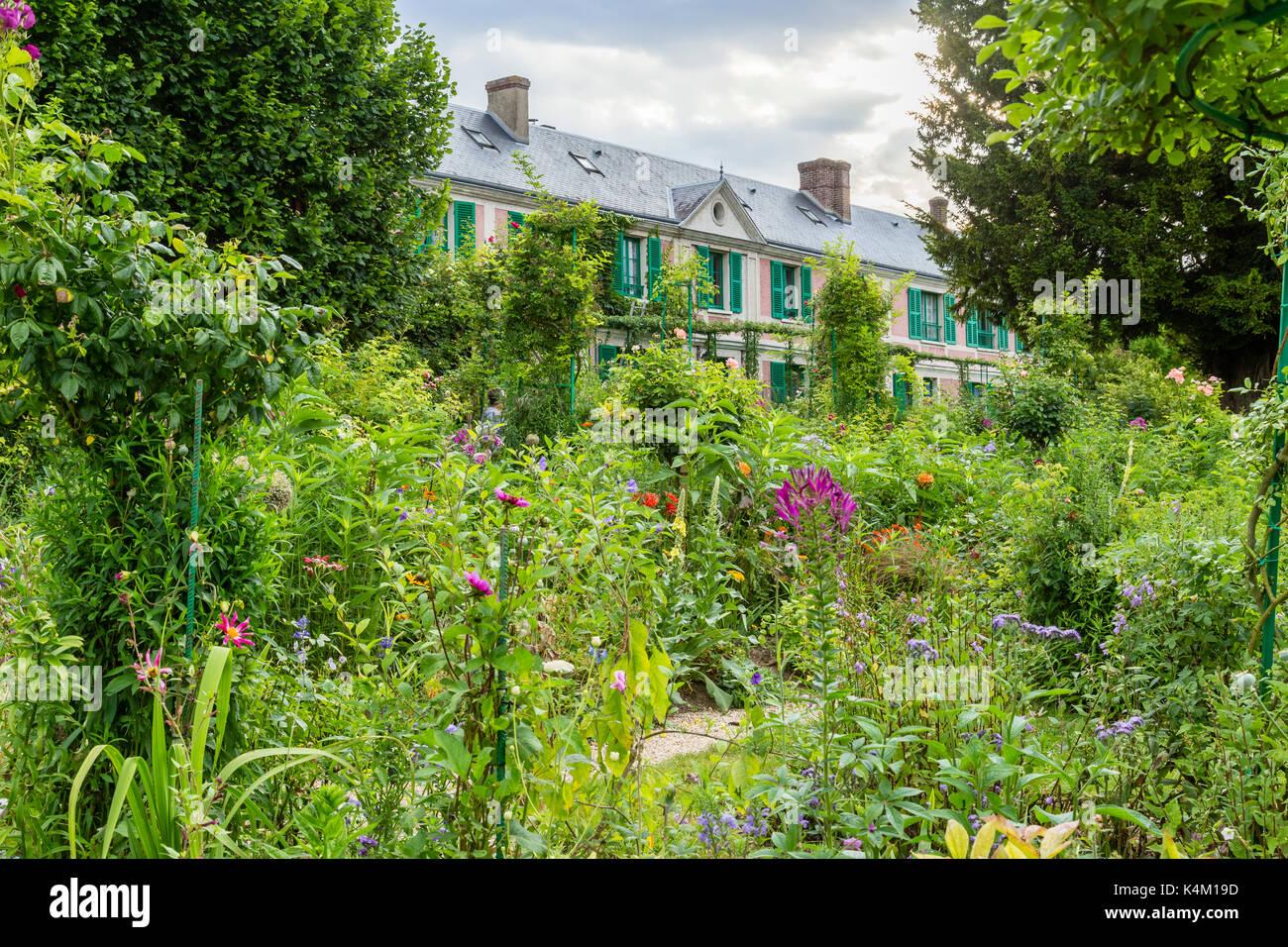 France, Eure (27), Giverny, jardin et maison du peintre Claude Monet // France, Eure, Giverny, garden and house of the painter Claude Monet - Stock Image