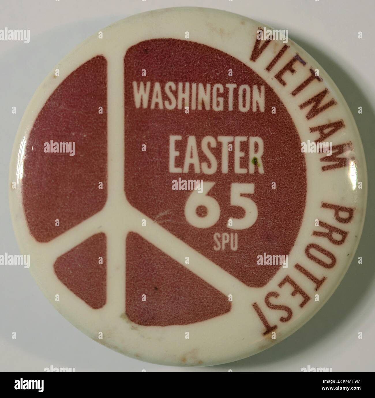 Pinback button with a peace symbol for an Easter protest, March on Washington, to call for an end to the Vietnam War, June 30, 2017. - Stock Image
