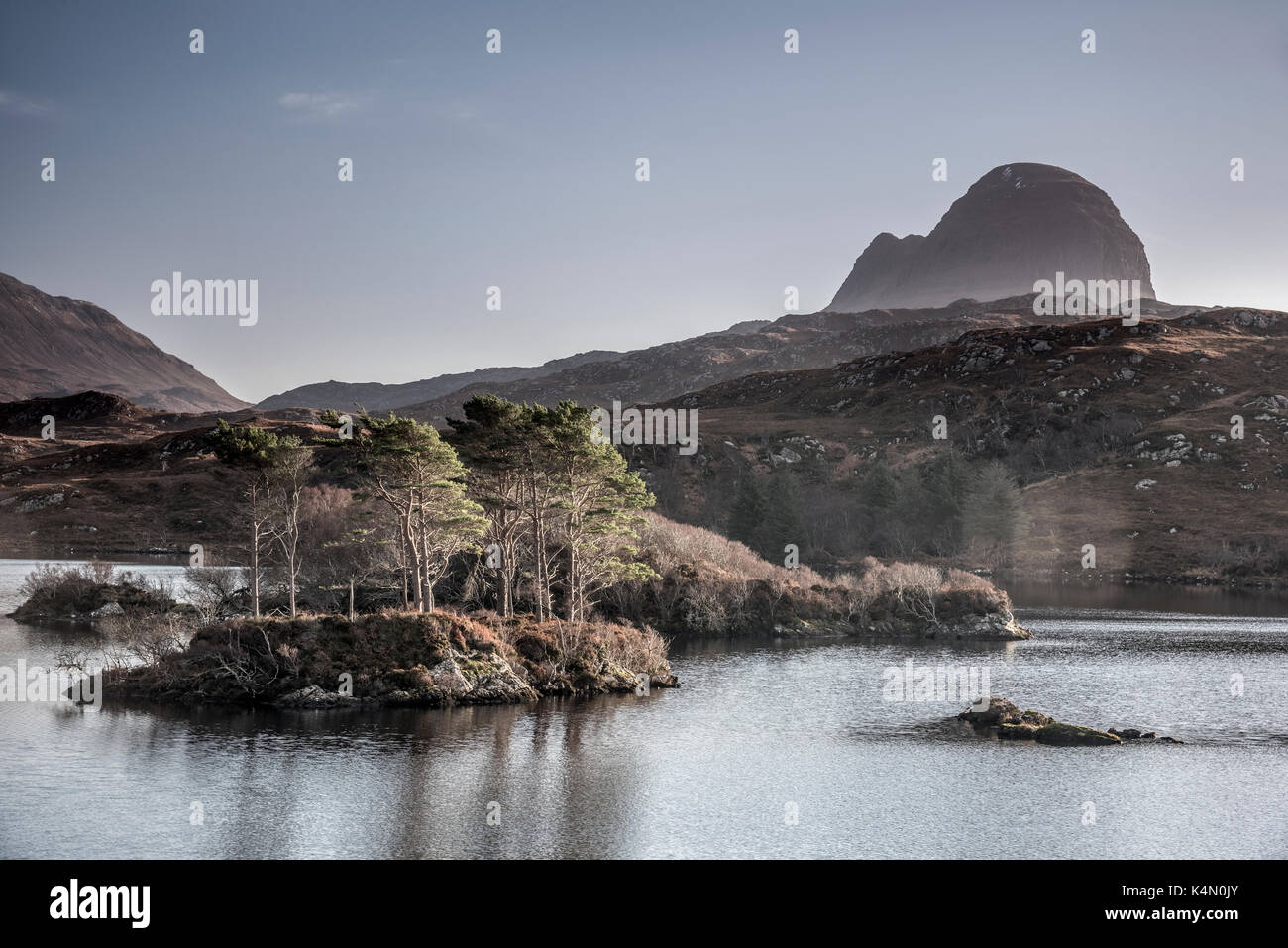 Loch Druim Suardalain, Mount Suilven, Lochinver, Sutherland, Highlands, Scotland, United Kingdom, Europe Stock Photo