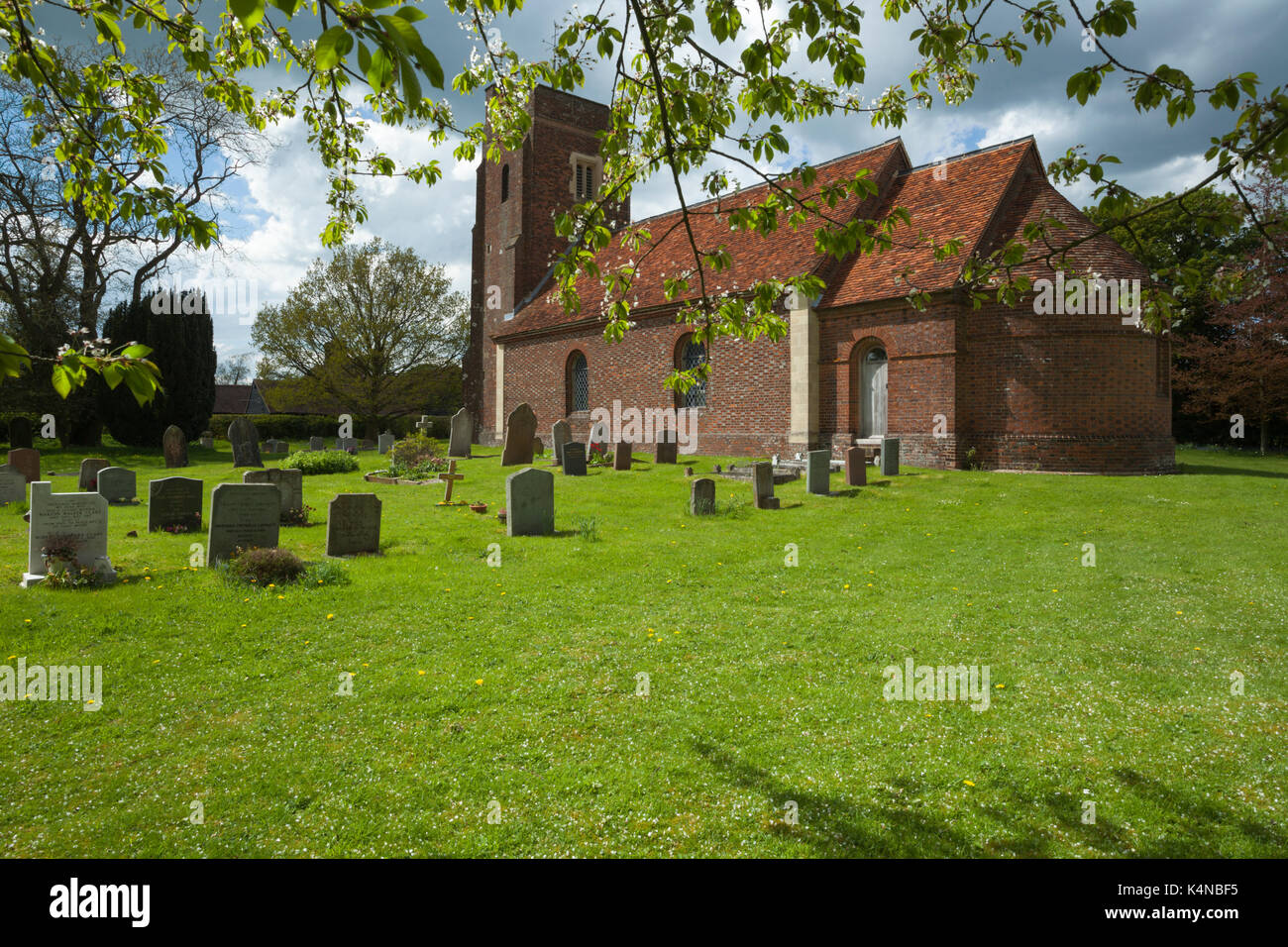 St Mary Magdalene church. The tower is 16th Century and built of brick, the rest of the church is mainly Victorian, Whipsnade, Bedfordshire, England. - Stock Image