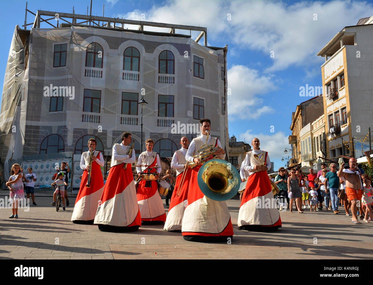 CONSTANTA, ROMANIA - SEPTEMBER 3, 2017. ULIK & LE SNOB & Cie  from France at International Street Festival 'Art District ' at Ovidius Square Constanta - Stock Image