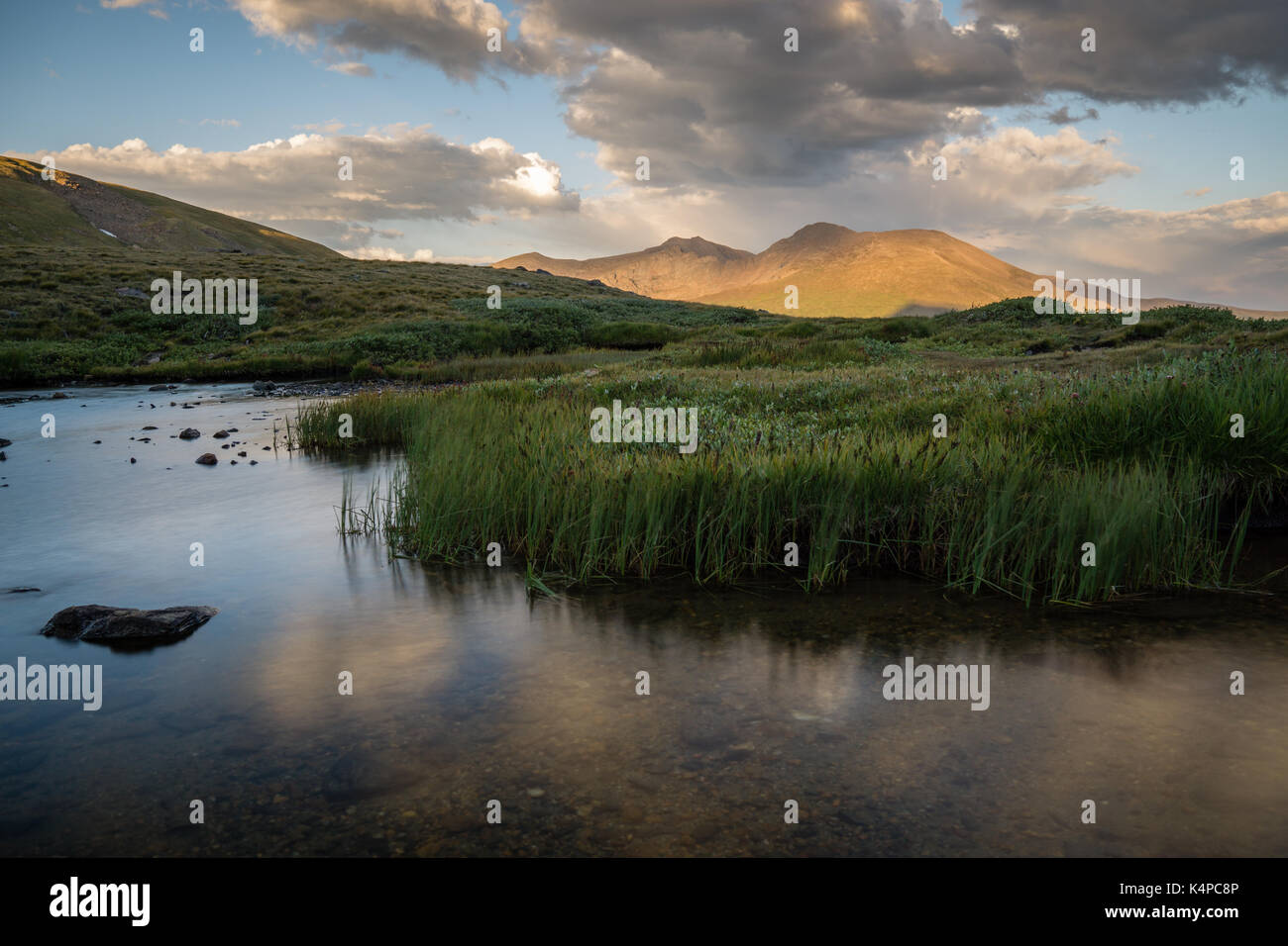 Square Top Lakes, with Mount Bierstadt in the background. - Stock Image