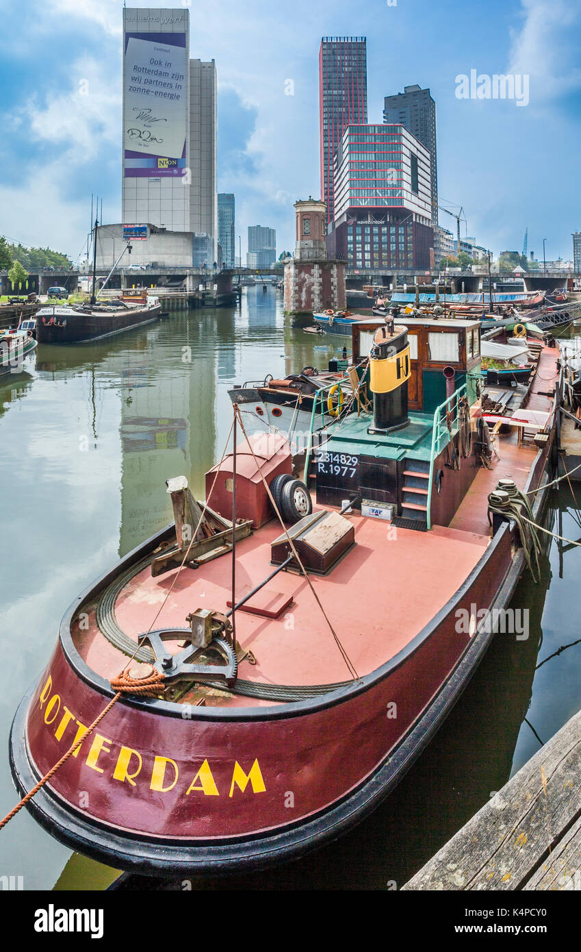 Netherlands, South Holland, Rotterdam, Maritime District, bulk cargo river boats moored at Wijnhaven - Stock Image
