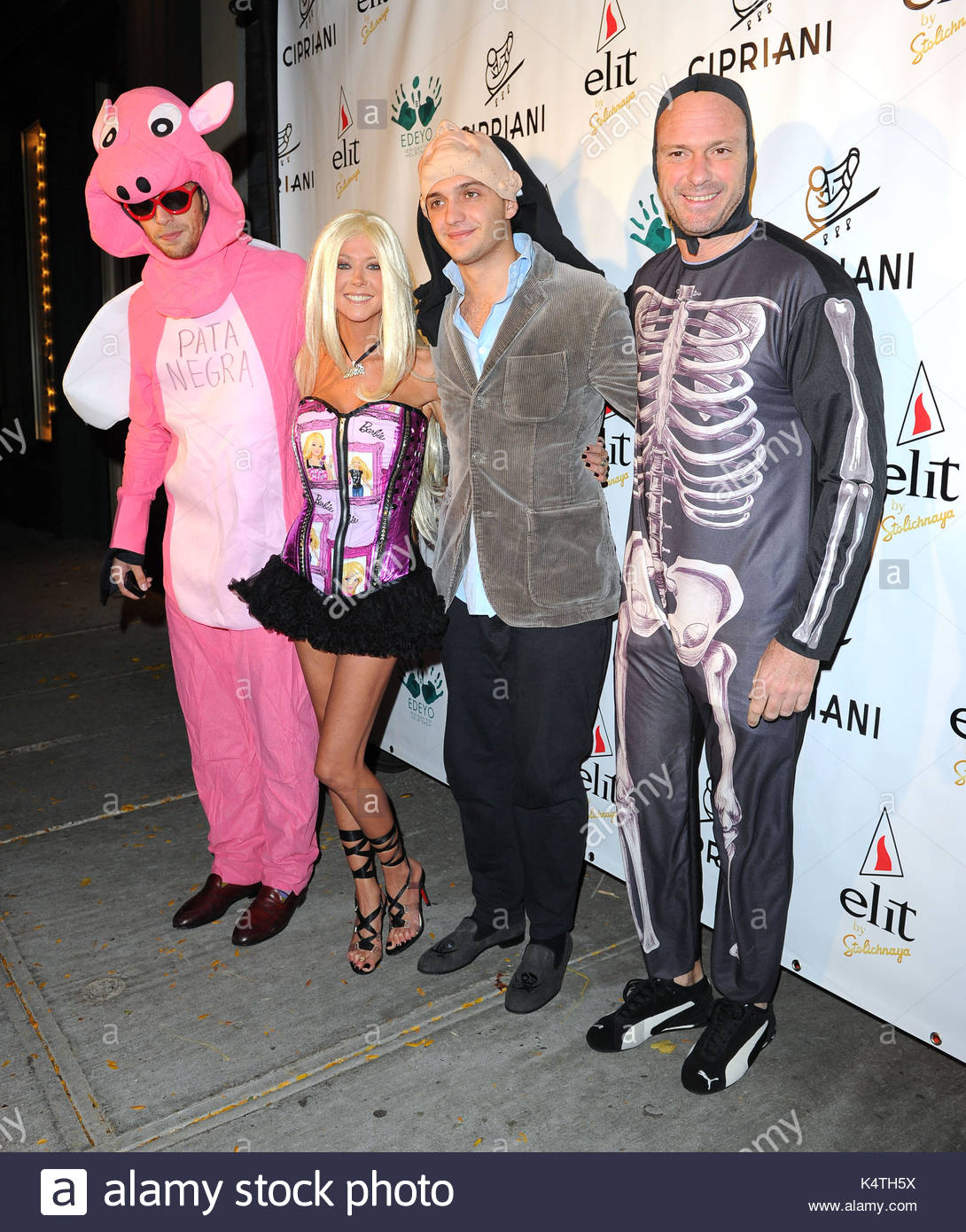 ignazio cipriani tara reid maggio cipriani and giuseppe cipriani celebrities at the halloween 2010 party held at cipriani downtown in new york city