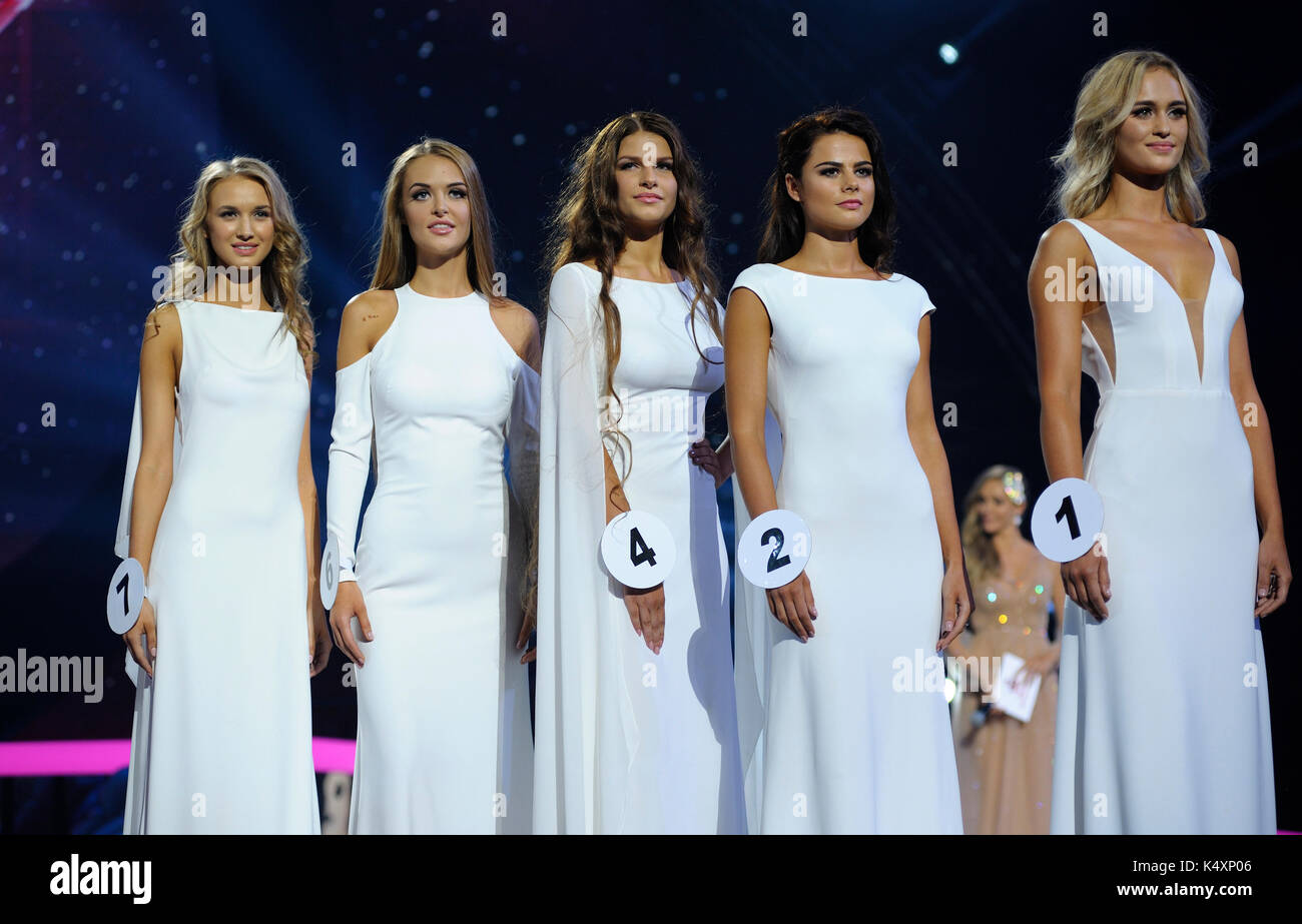 Beauty Pageant Stock Photos & Beauty Pageant Stock Images - Alamy