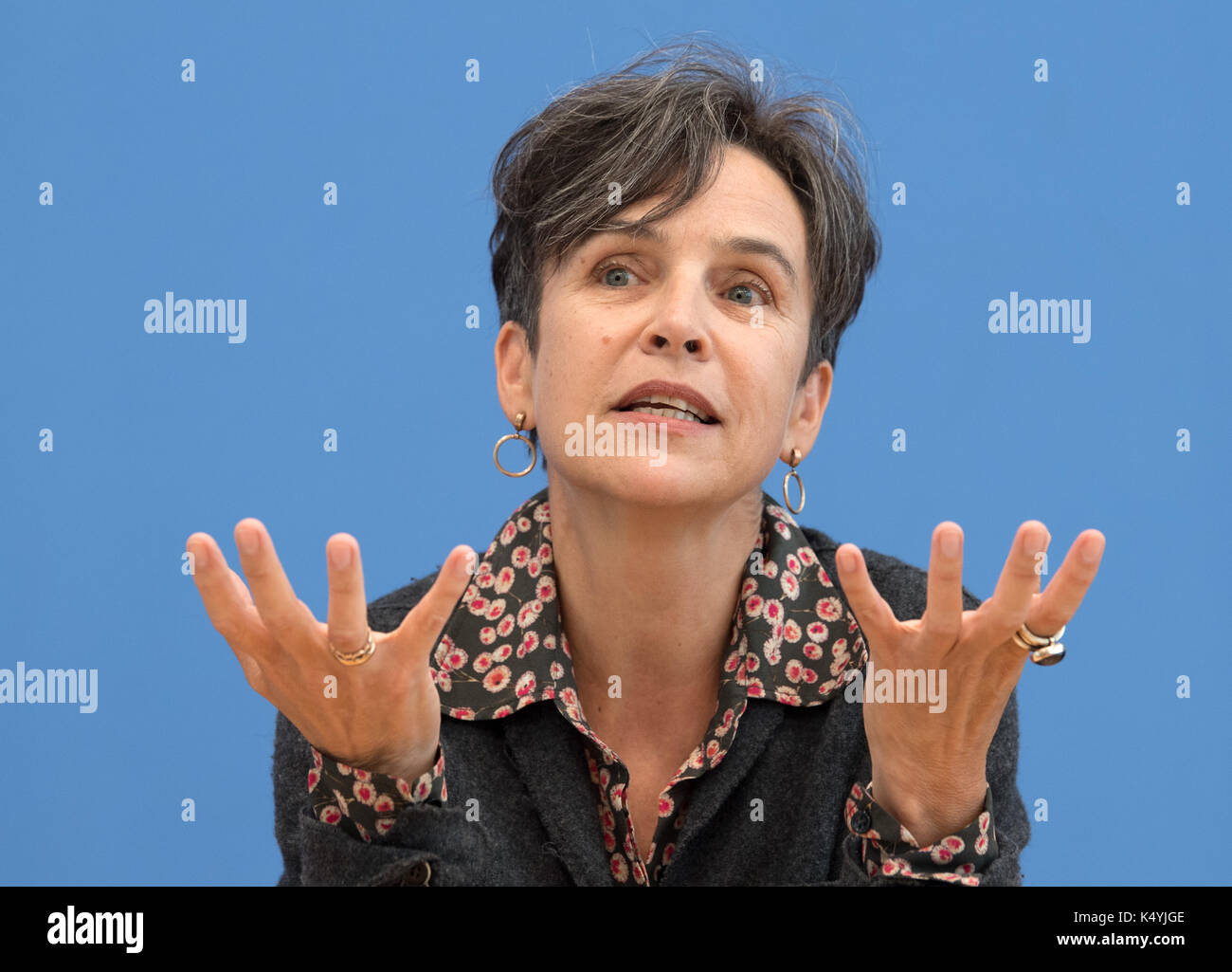Berlin, Germany. 7th Sep, 2017. Joana Breidenbach, one of the founders of the donation platform betterplace.org, gives a talk at a press conference at which the newly founded environmental pressure group Generation Manifest presented its programme in Berlin, Germany, 7 September 2017. Prominent figures from civil society, science, economy, and politics founded the initiative in order to remind politicians of the dangers of the reckless endangerment of future generations. Photo: Soeren Stache/dpa/Alamy Live News - Stock Image