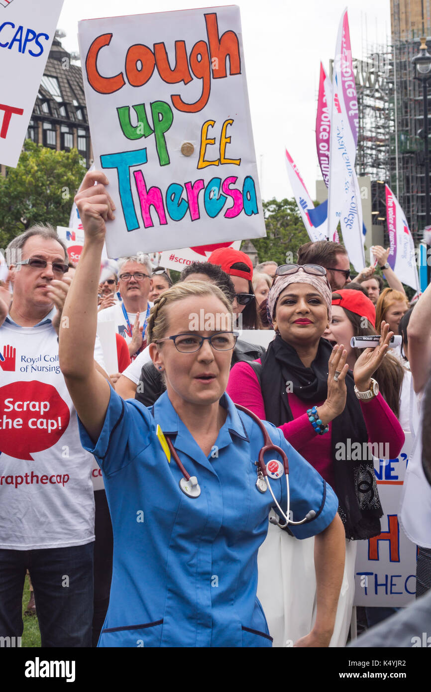 London, UK, 6 September 2017  Thousands of nurses, members of the public and other healthcare workers from all over - Stock Image