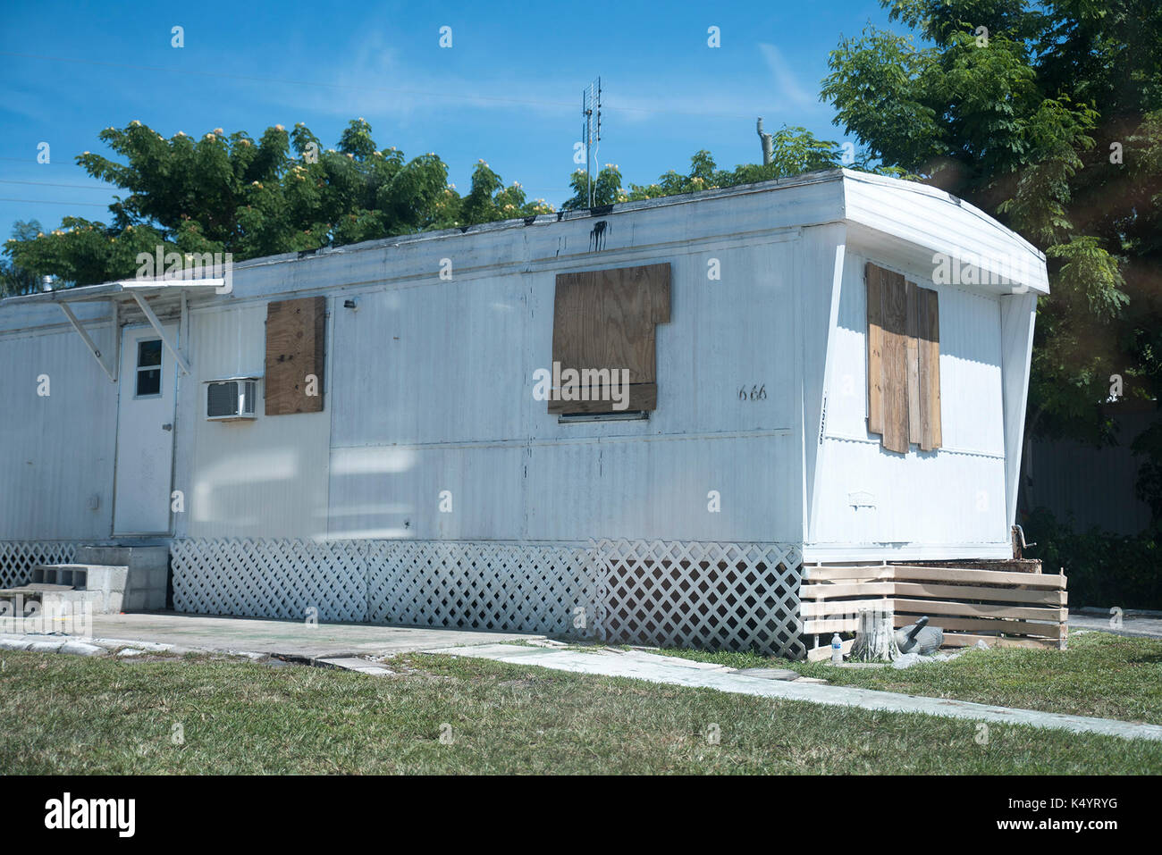 West Palm Beach, Florida, USA. 7th Sep, 2017. Pictured are ... Palm Beach Mobile Home on clayton mobile home, florida mobile home, concord mobile home, key west mobile home, tampa mobile home, california mobile home, miami mobile home, long island mobile home, key largo mobile home, melbourne mobile home, plantation mobile home, gulf stream mobile home,