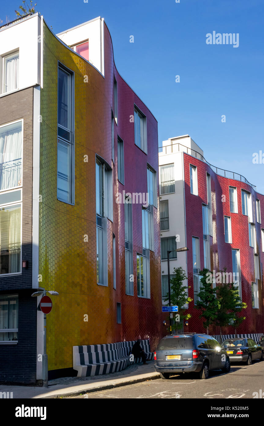New affordable housing in Brandon Street, South London.  Part of the Elephant & Castle Regeneration housing project. - Stock Image