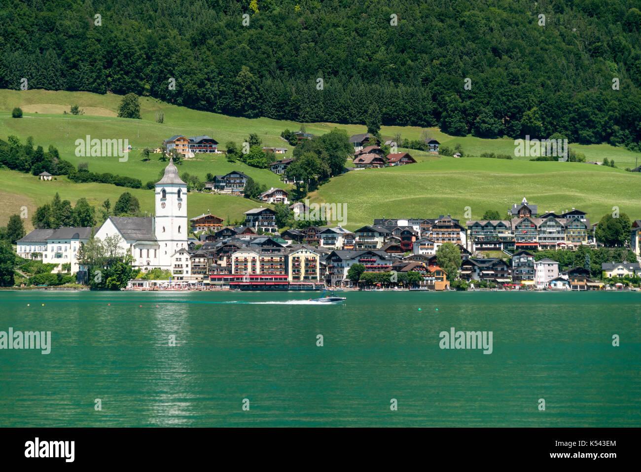 St. Wolfgang am Wolfgangsee, Salzkammergut,  Österreich  |   St. Wolfgang and lake Wolfgangsee, Salzkammergut region, Stock Photo