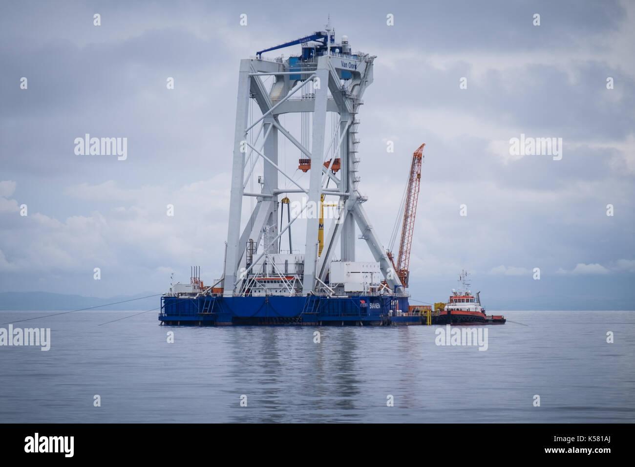 The Van Oord heavy lift vessel, Svanen, on Walney Extension Offshore Wind Farm - Stock Image