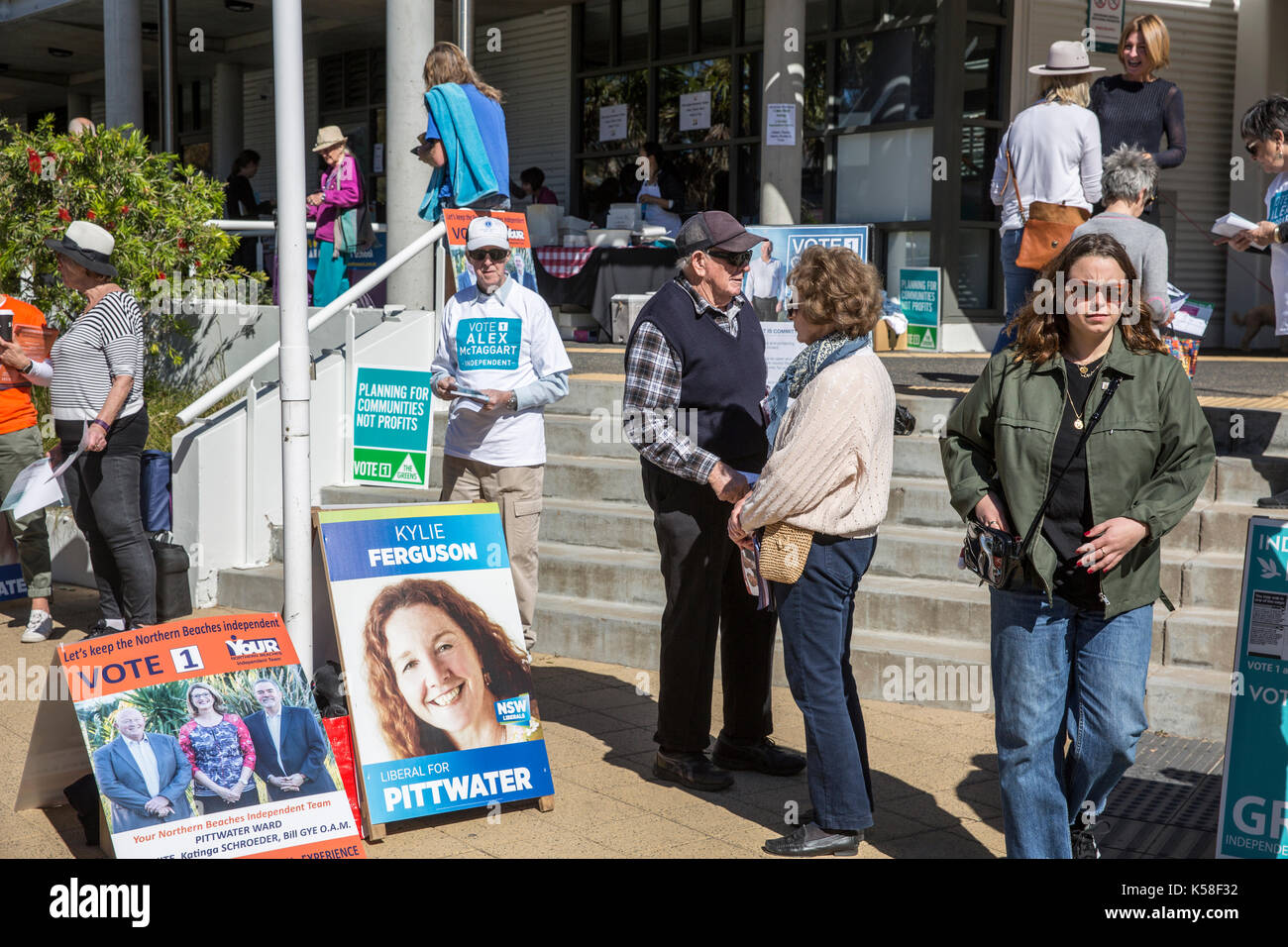 Saturday 9th September 2017. Voters go to the polls in many local council electorates across Sydney today, here Stock Photo