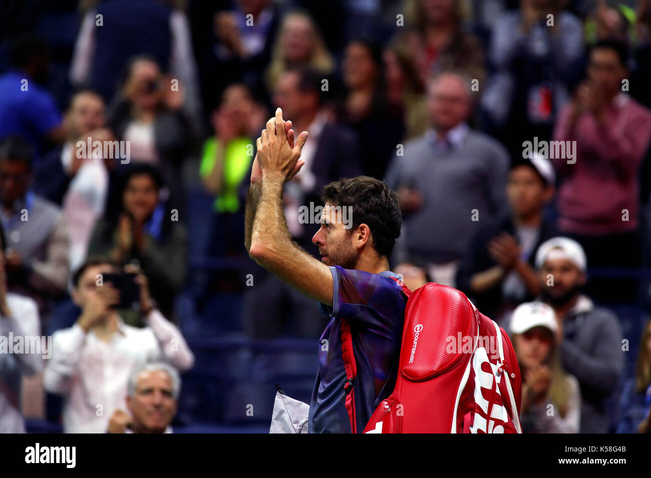 New York, United States. 08th Sep, 2017. US Open Tennis: New York, 8 September, 2017 - Argentina's Juan Martin del Potro acknowledges the crowd after being defeated by Rafael Nadal of Spain in their semi final match at the US Open in Flushing Meadows, New York. Credit: Adam Stoltman/Alamy Live News - Stock Image