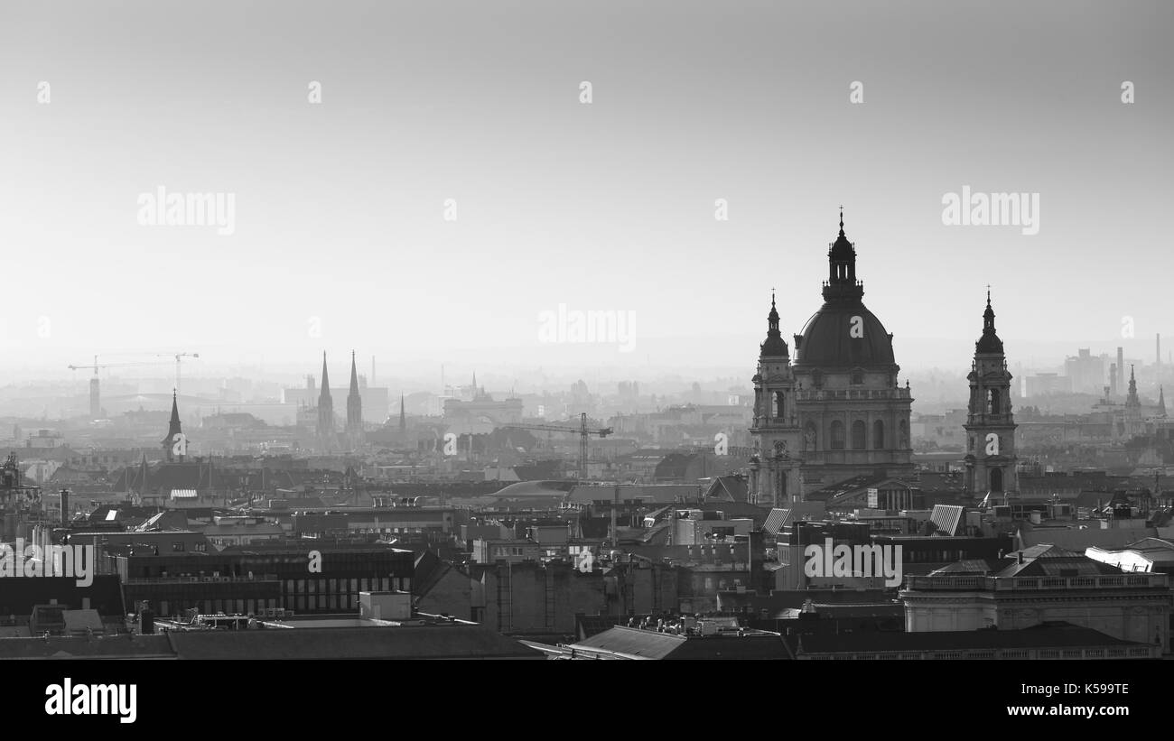 Morning view of St. Stephen's Basilica in Budapest, Hungary. - Stock Image