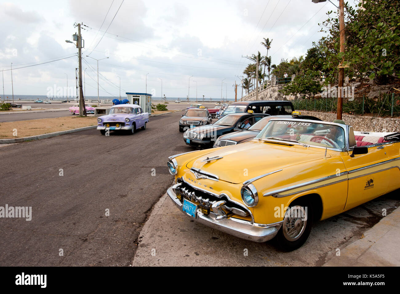 1950 American Cars Stock Photos & 1950 American Cars Stock Images ...