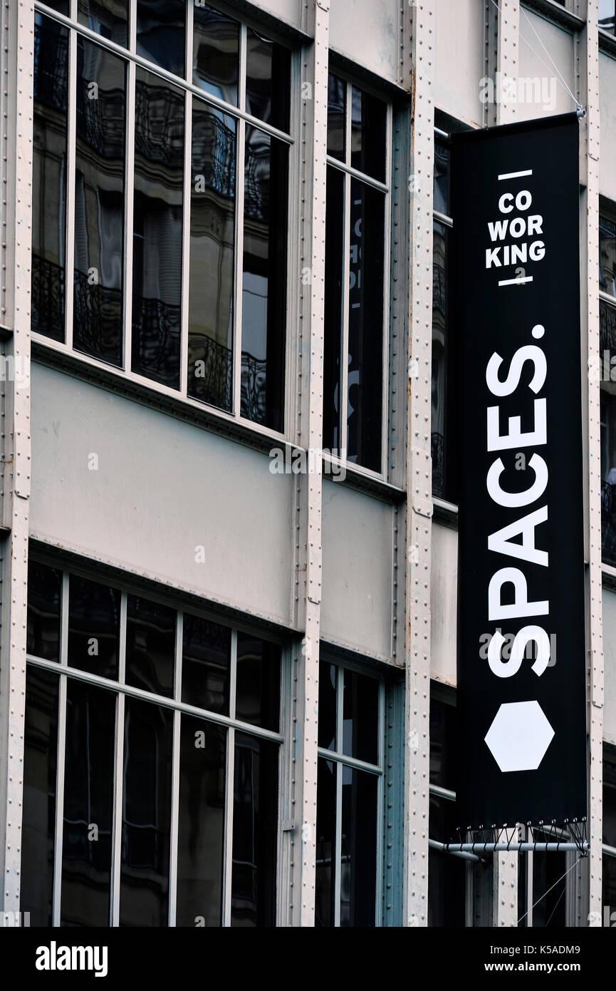 Co-workings spaces to rent, rue de Réaumur, Paris, France Stock Photo
