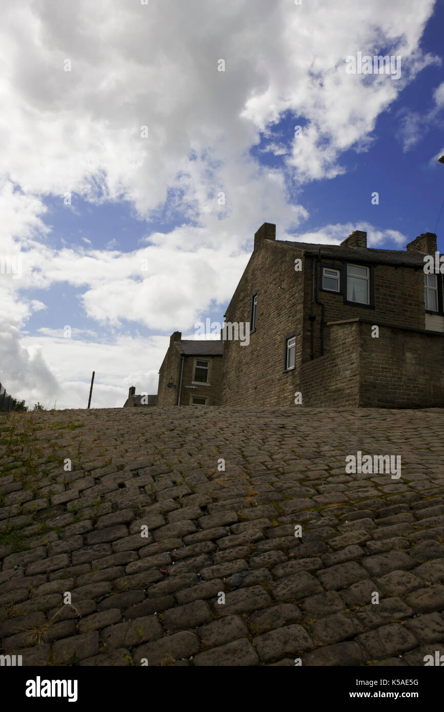 Traditional back to back housing on Zion Street, Colne, Lancashire, England - Stock Image