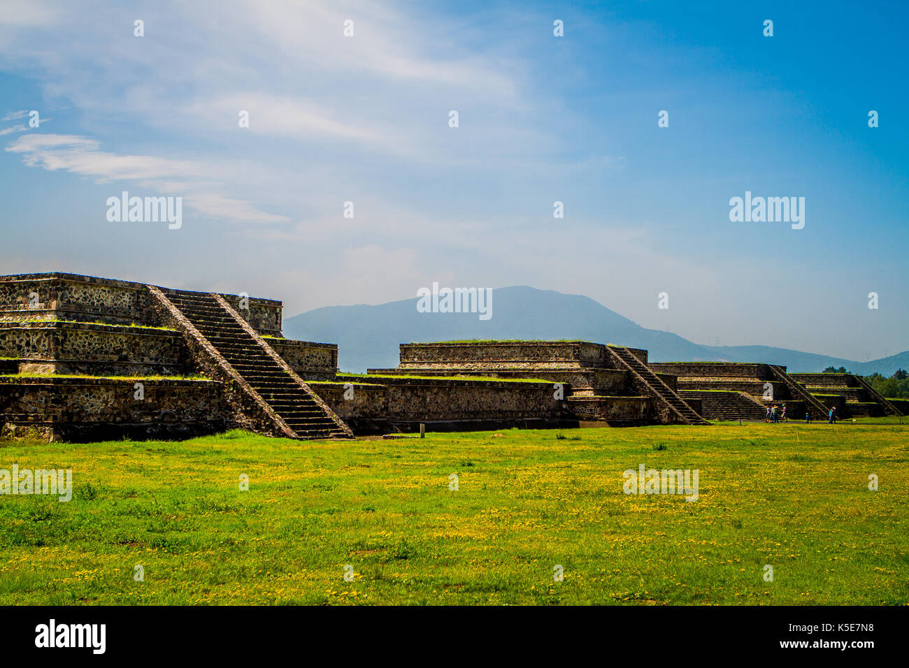 Pyramids along the Avenue of the Dead, Teotihuacan, Mexico - Stock Image