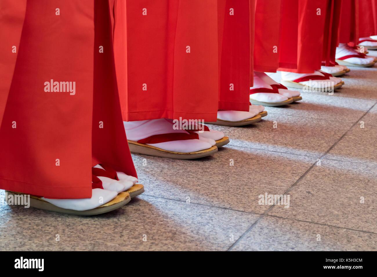 Hiroshima, Japan -  May 27, 2017: Mantō Mitama Matsuri at the Hiroshima Gokoku-jinja Shrine, the spectacle of 100 shrine maidens dancing by lantern li - Stock Image