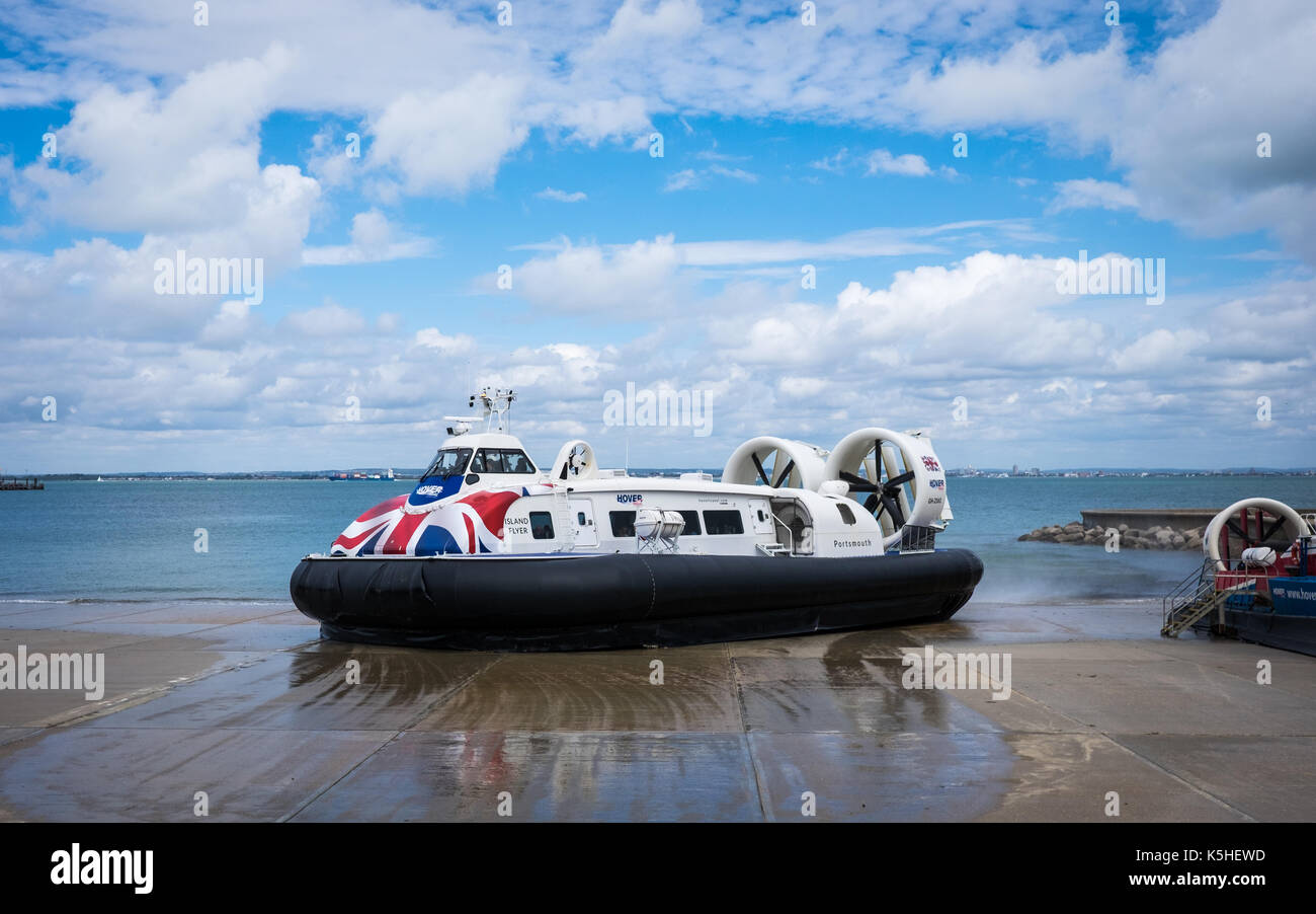 Island Flyer, one of the Ryde to Southsea Hovercraft leaving the Ryde terminal. - Stock Image