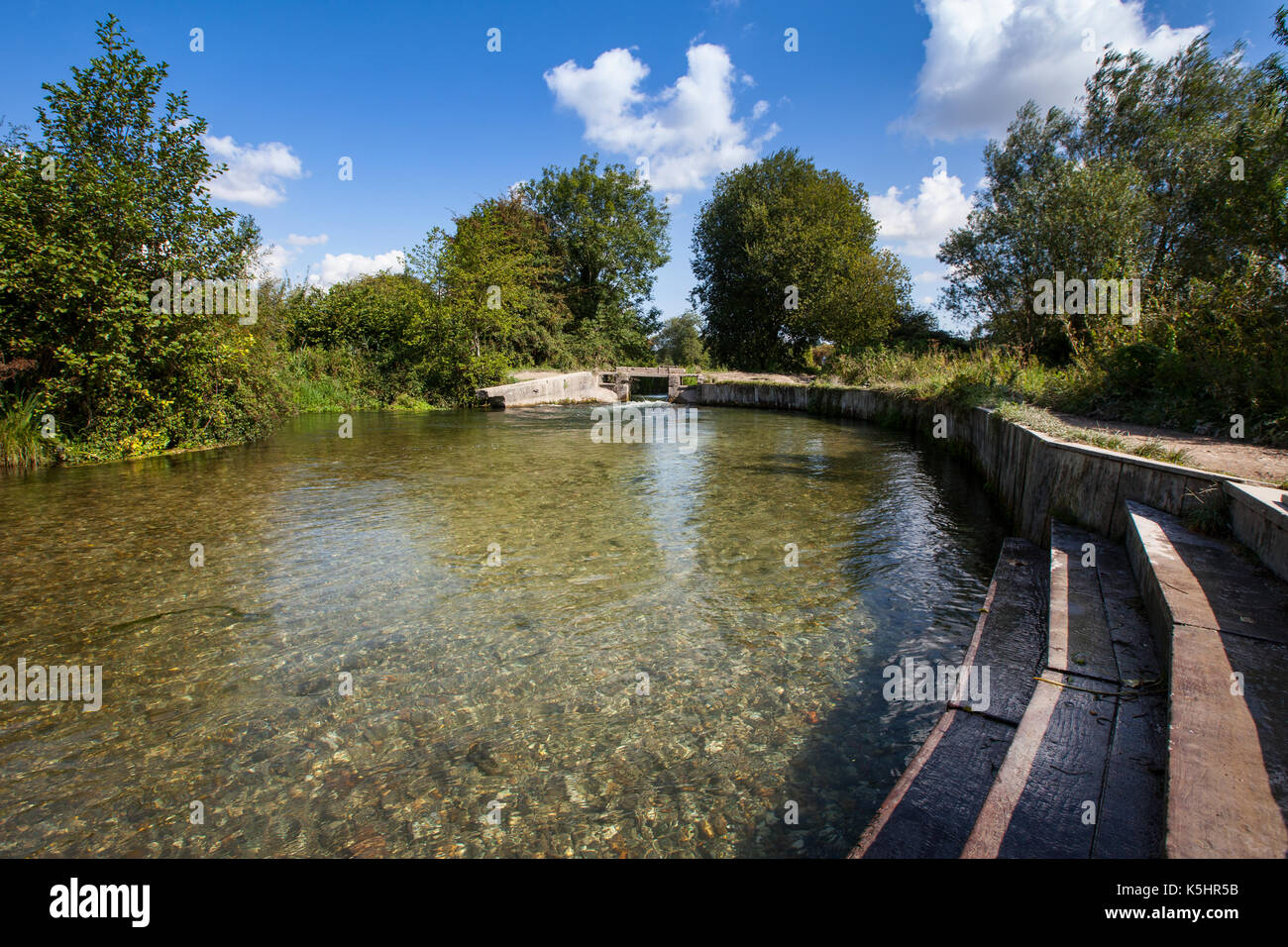 Shawford Lock on the Itchen Navigation between Shawford and Twyford in Hampshire. The lock is a popular wild swimming spot. - Stock Image