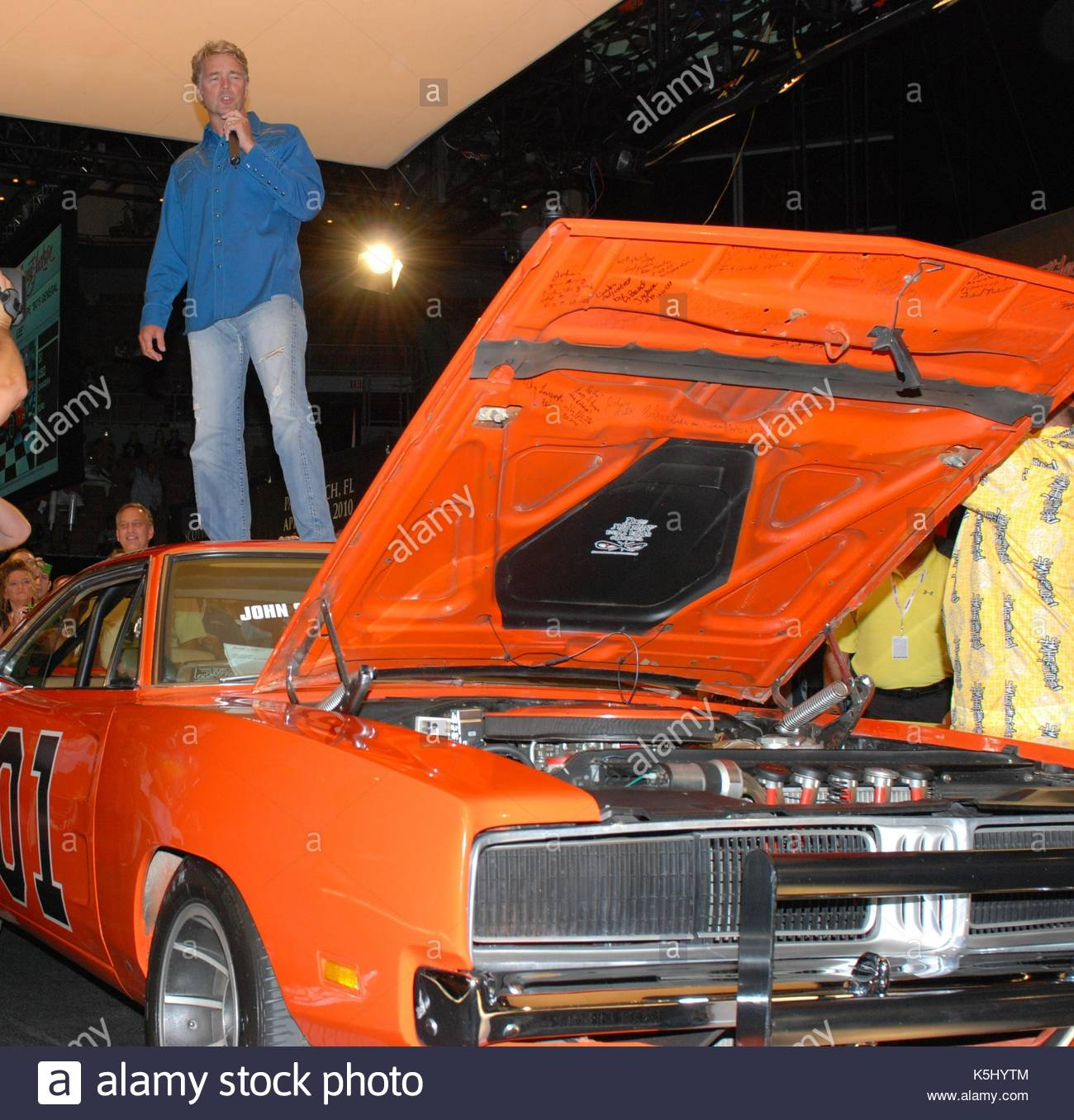 John Schneider. John Schneider auctions off the Dukes of Hazzard car ...