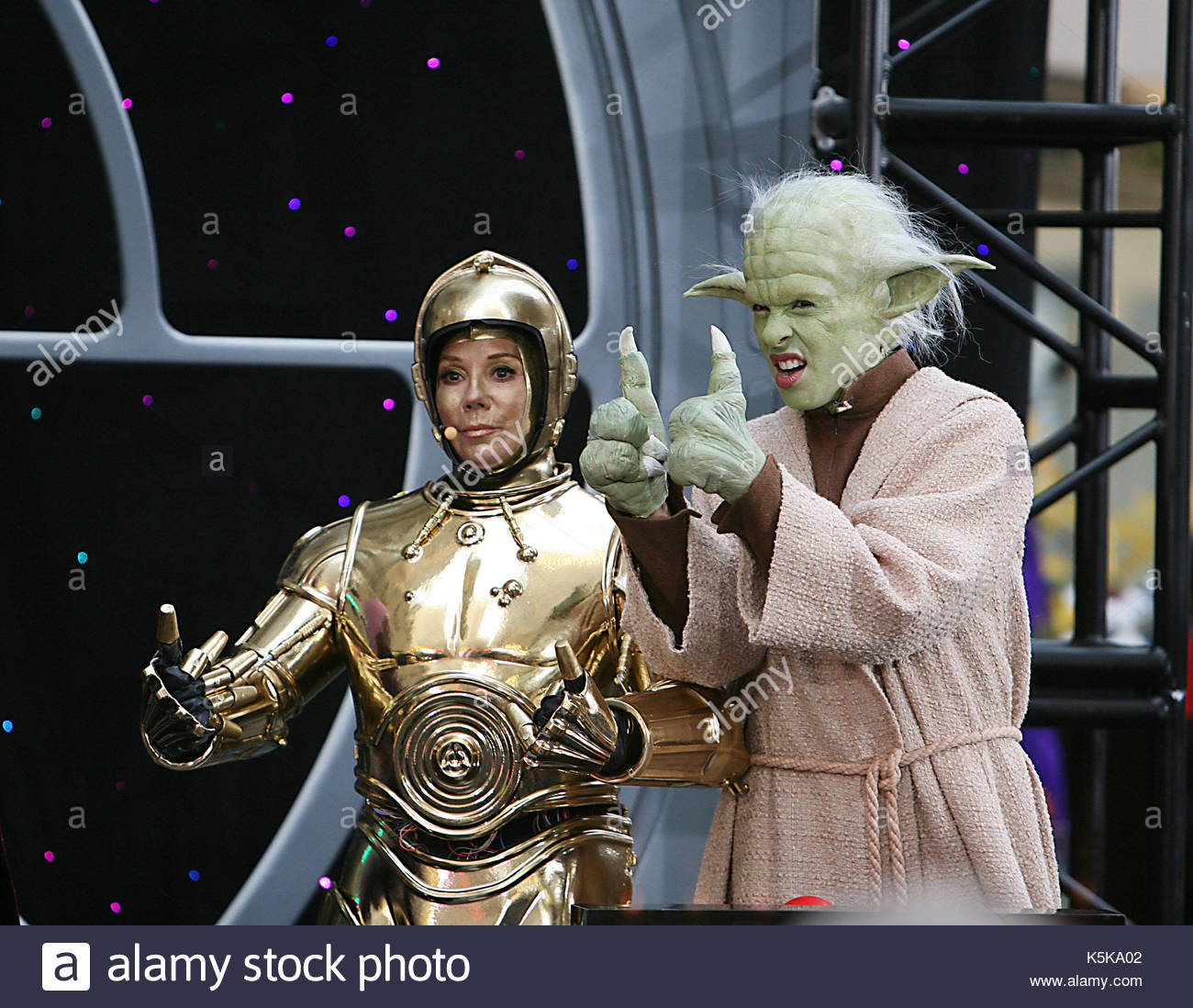 Kathie Lee Gifford Hoda Kotbe The Hosts Of Today Show Dressed Up For Halloween As Cast Star Wars Matt Lauer Was Luke Skywalker Meredith Viera