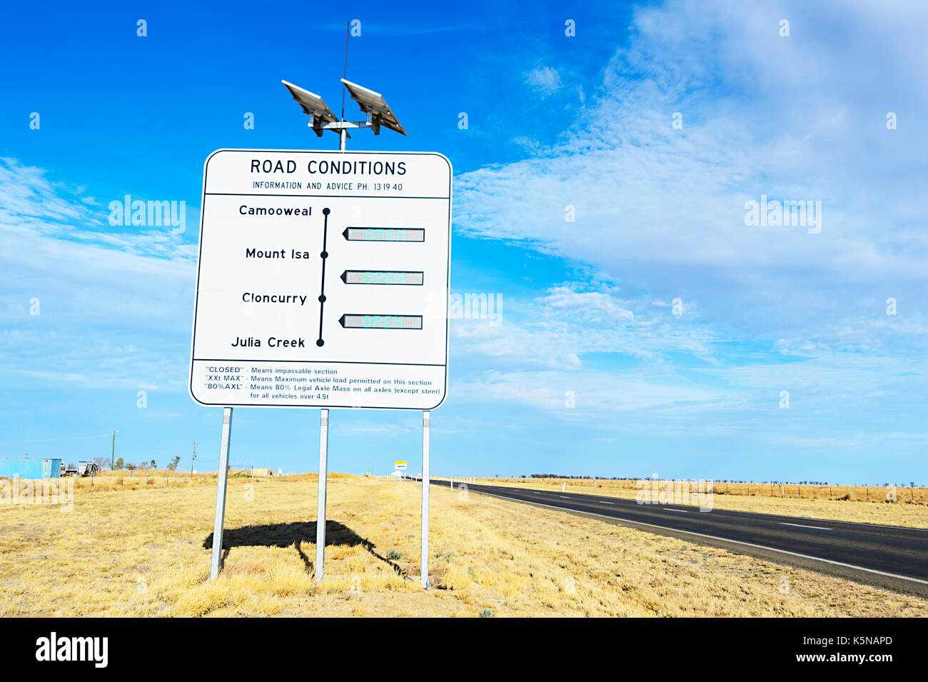 Road Conditions sign near Julia Creek, Queensland, QLD, Australia - Stock Image