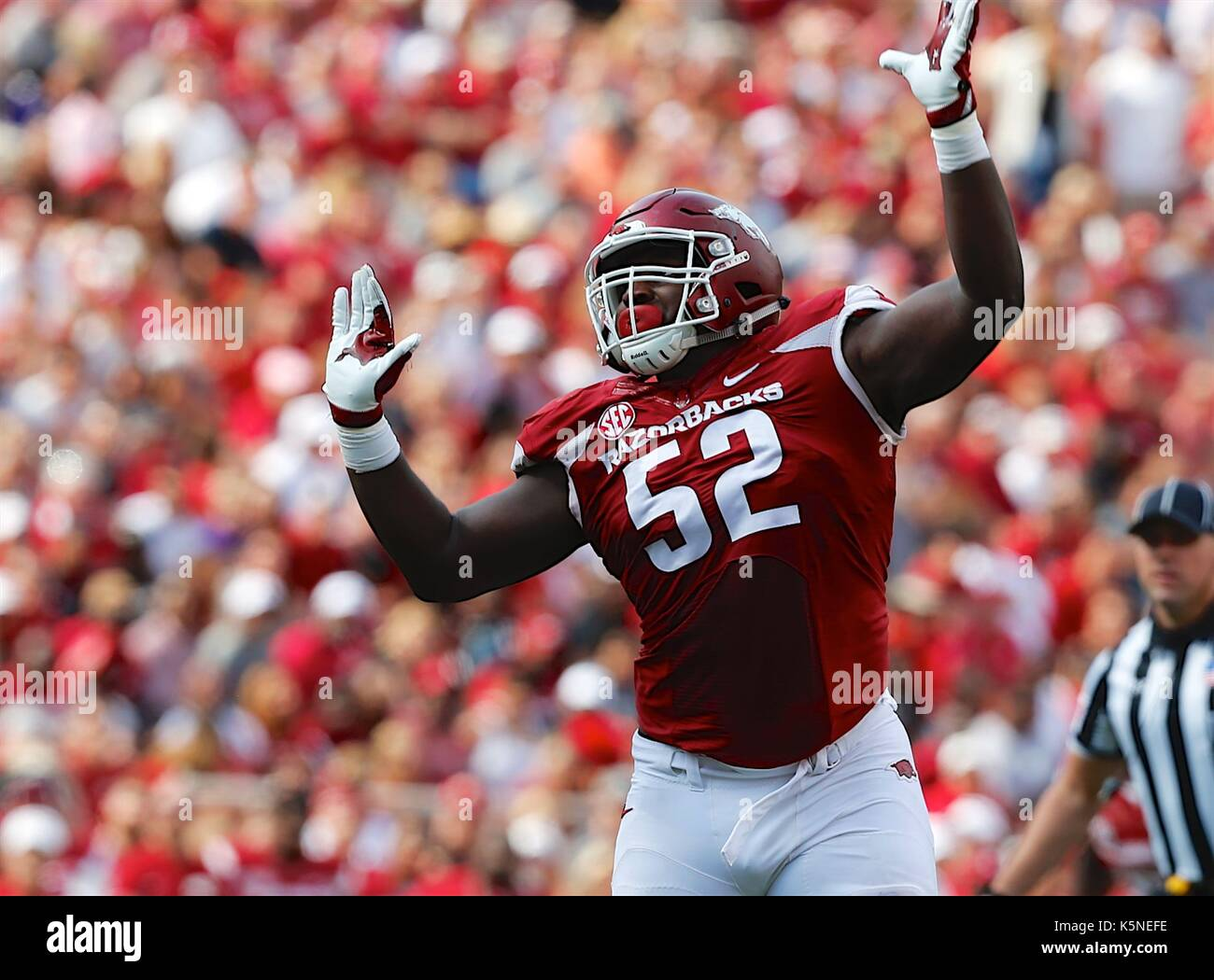Sep 9, 2017: Arkansas defensive lineman T.J. Smith #52 comes up the field. The TCU Horned Frogs defeated the Arkansas Razorbacks 28-7 at Donald W. Reynolds Stadium in Fayetteville, AR, Richey Miller/CSM - Stock Image