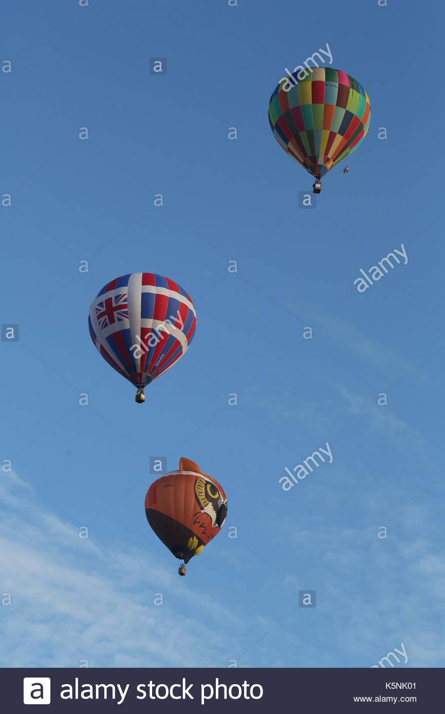 London, UK. 10th September, 2017. The RICOH Lord Mayor's Balloon Regatta. Over 30 hot air ballons took off from Stock Photo