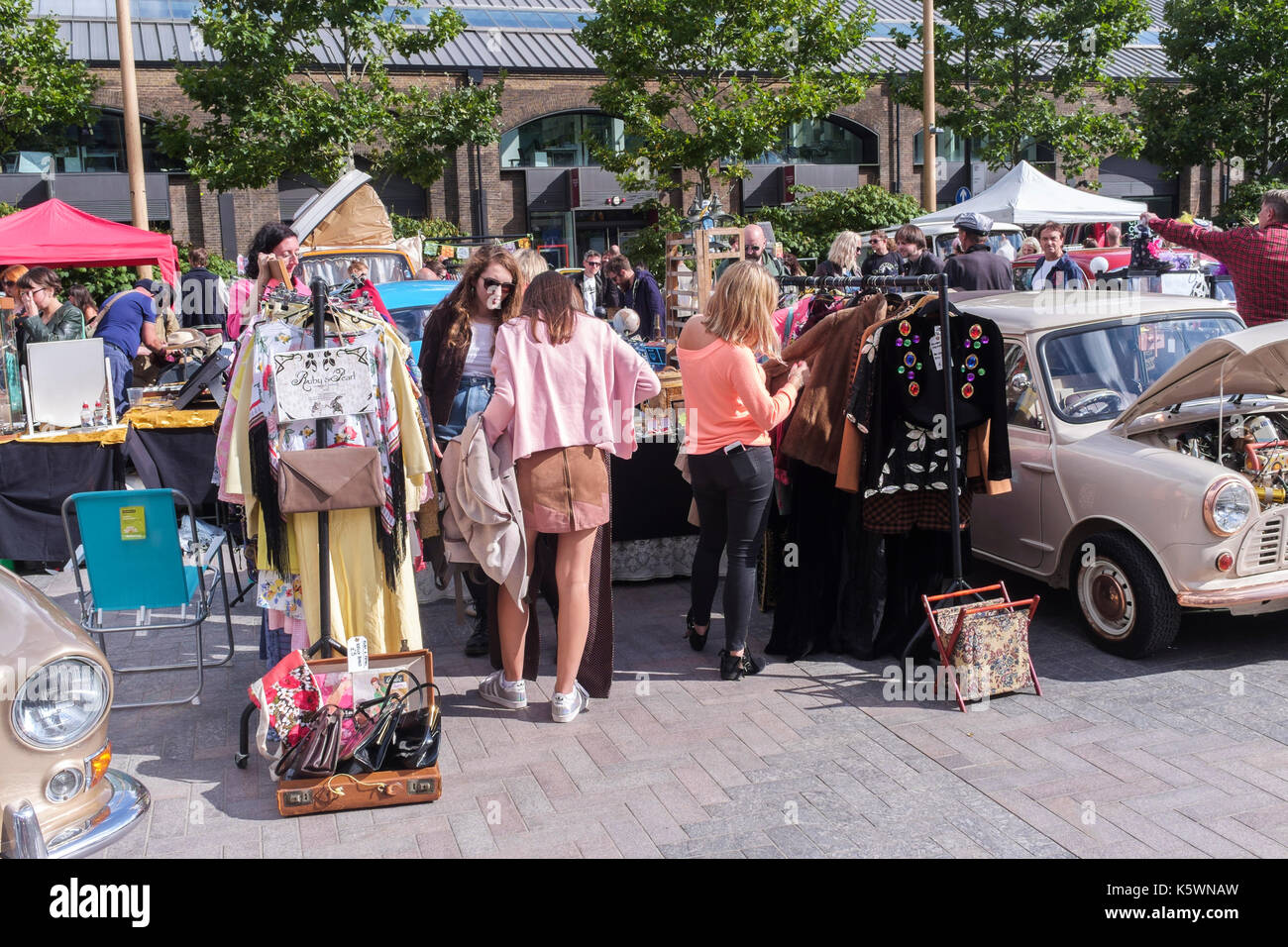King S Cross Classic Car Boot Sale Vintage Fashion Homeware And