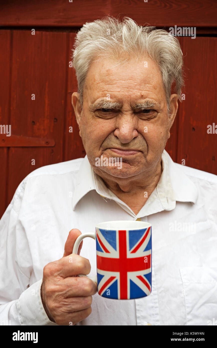 Elderly English man with type 2 diabetes - Stock Image