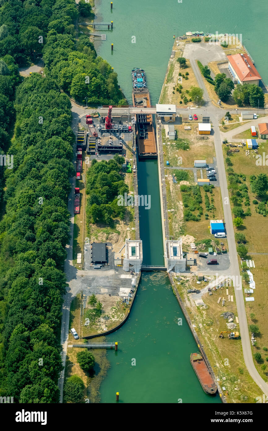 Wesel-Datteln-Kanal, lock with construction works, inland navigation and freighter jam in the lock corridor, Dorsten, Stock Photo
