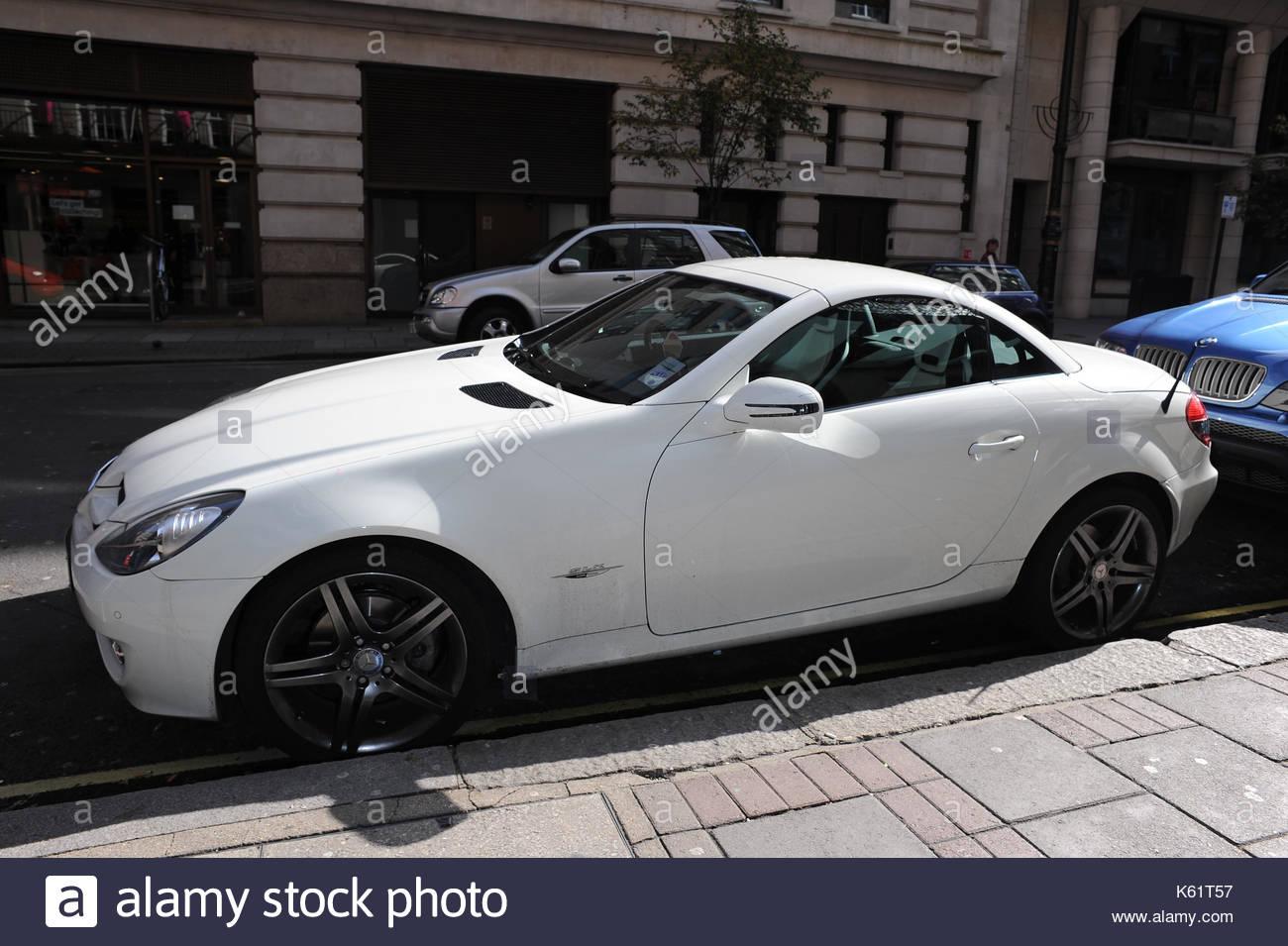Rochelle Wiseman's car. Rochelle Wiseman of The Saturdays leaving ...