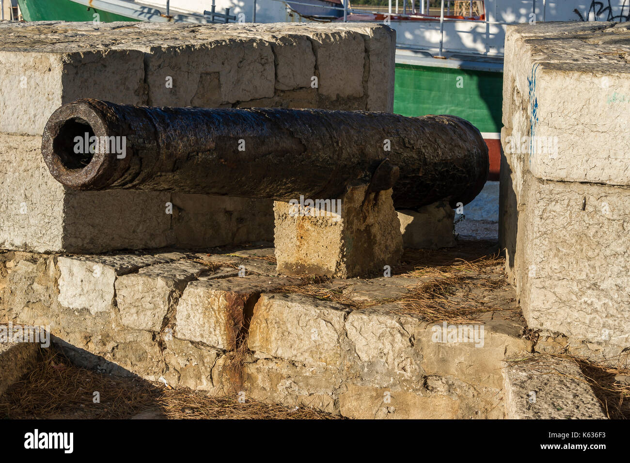 Canon, Môle Bérouard, La Ciotat, BDR, France 13 Stock Photo