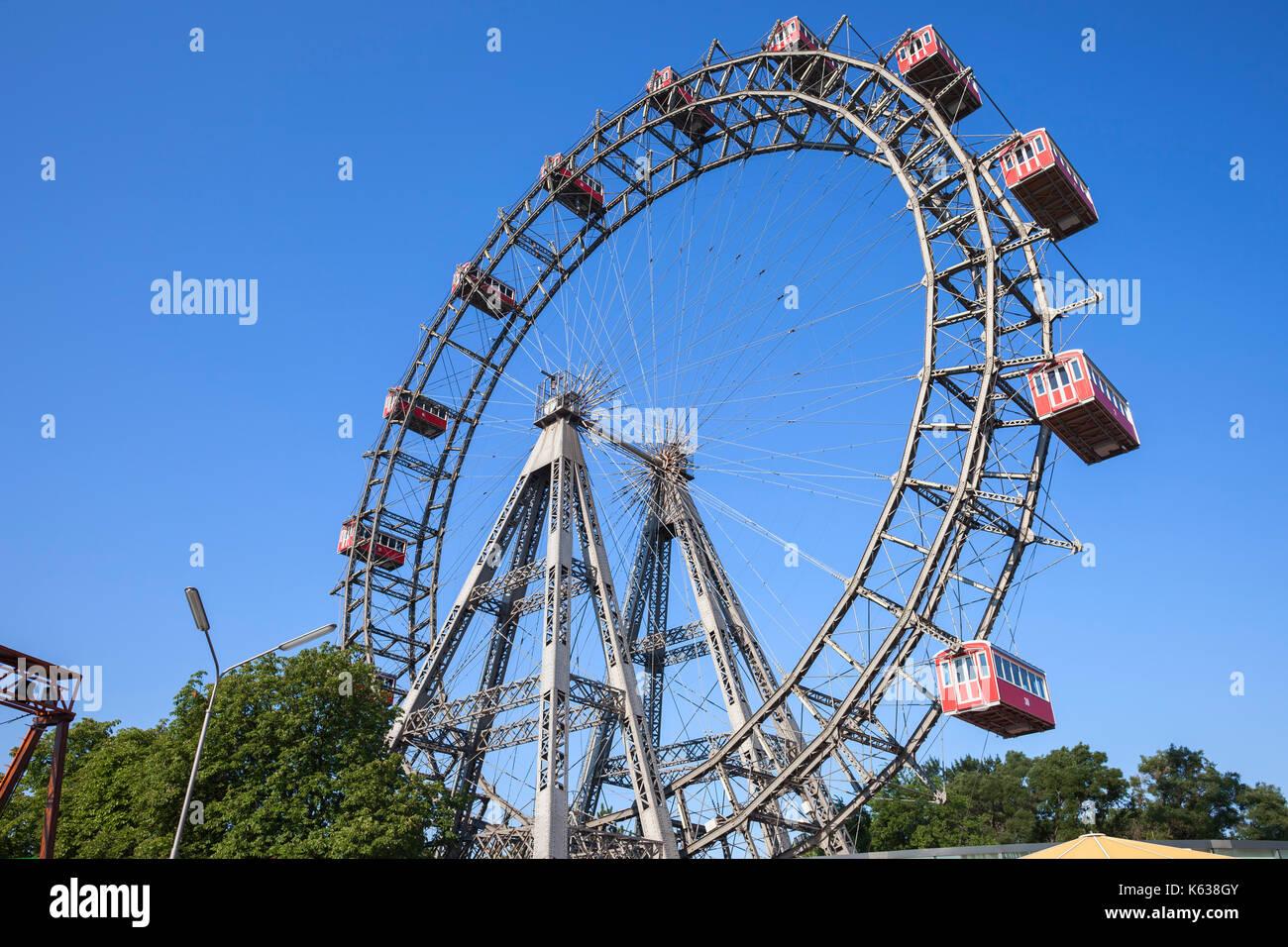 Austria, Vienna, Prater, Giant Ferris Wheel (Wiener Riesenrad) from 1897, historic city landmark - Stock Image
